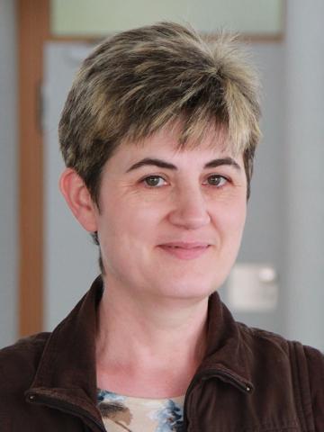Paula Maurer, Hausmeisterin